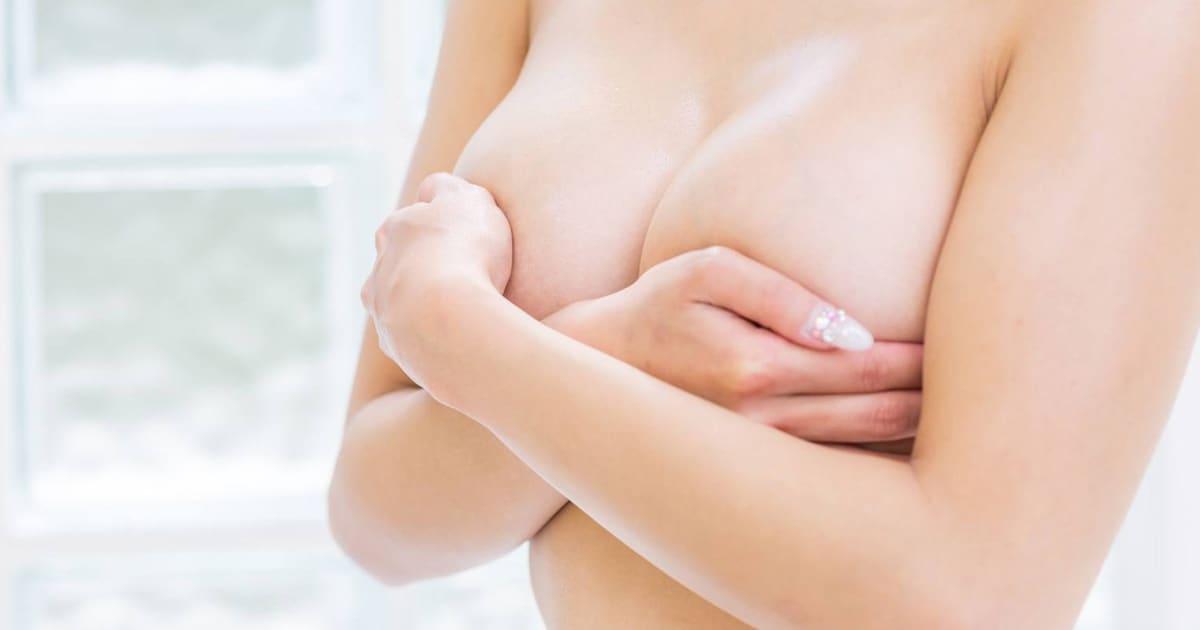 Dr. med. Patrick Bauer Spezialist für Brustvergrößerung